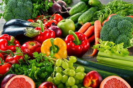 Reich an sekundären Pflanzenstoffen - rotes, gelbes und grünes Gemüse